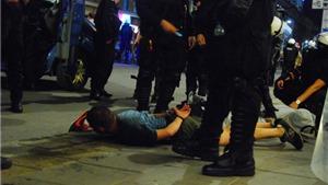 Cận cảnh: Lực lượng an ninh trấn áp các Hooligan EURO