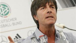 Tuyển Đức, 54 ngày sau thất bại ở EURO 2012: Cơn giận dữ của Loew
