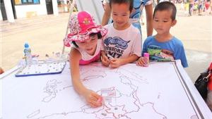 Chùm ảnh: Thiếu nhi Thủ đô khám phá các nước Đông Nam Á
