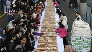 Chiếc bánh mỳ ngọt dài 1.440 mét