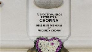 Vén màn cuộc khai quật bí mật trái tim của Chopin