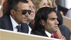 Man United: Đành mua Falcao vì 'siêu cò' Jorge Mendes?