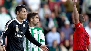Ronaldo có thể nghỉ trận derby Madrid: Tính sao đây, Ancelotti?