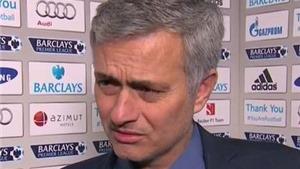 Mourinho phản ứng như thế nào trước vụ Ivanovic bị tố cáo 'cắn người'?
