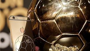 Ronaldo dùng iPhone bằng vàng, in hình Bóng Vàng. Falcao gây tranh cãi với tấm da hổ