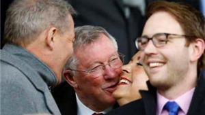 Man United 4-2 Man City: Nụ cười chiến thắng lại xuất hiện trên khuôn mặt rạng ngời của Sir Alex