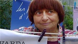 Đạo diễn Pháp Agnes Varda, phụ nữ đầu tiên được trao Cành cọ Vàng danh dự