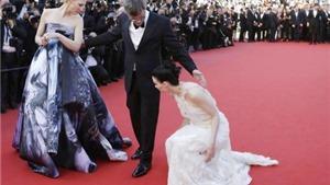 LHP Cannes dậy sóng vì đuổi người không đi giày cao gót