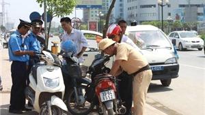 Người Việt Nam nộp phạt bao nhiêu tiền vì lỗi vi phạm giao thông?