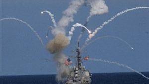 Tàu khu trục Mỹ bốc khói nghi ngút do nổ tên lửa ngay sau khi phóng