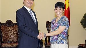 Thủ tướng Nguyễn Tấn Dũng bày tỏ sự ngưỡng mộ Giáo sư Lưu Lệ Hằng