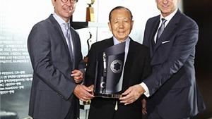 Montblanc tôn vinh Kim Dong Ho, người sáng lập LHP Busan