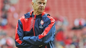HLV Wenger: 'Khi tôi đến, Arsenal có 80 người. Giờ đã lên đến 537 người'