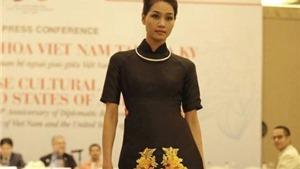 Những ngày văn hóa Việt Nam tại Mỹ: Áo dài và hoa sen Việt sẽ tỏa rạng trên đất khách
