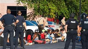 Mỹ: Công bố bằng chứng nghi phạm vụ đấu súng tại Ferguson đã bắn cảnh sát