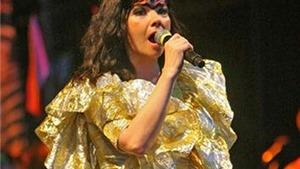 'Nữ hoàng băng giá của nhạc pop' bắt đầu xúc tiến album mới