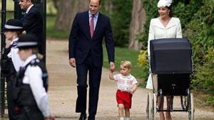 Dùng cả trẻ em làm 'mồi nhử' để 'săn' tiểu hoàng tử, công chúa nước Anh