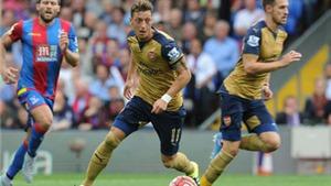 Arsene Wenger hết lời ca ngợi Mesut Oezil sau trận thắng Crystal Palace
