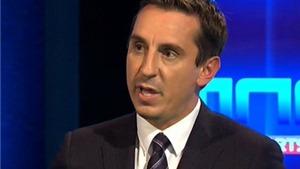 Gary Neville: 'Xếp Cazorla đá vị trí của Vieira, ông Wenger ngây thơ và tự tin thái quá'