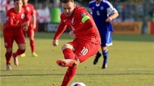 Teddy Sheringham: 'Rooney chẳng đời nào bì được với Sir Bobby Charlton'