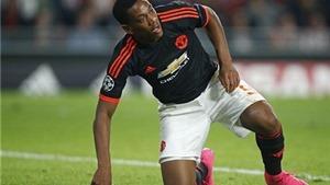 Van Nistelrooy khuyên Van Gaal gạt Rooney, để Martial đá cắm