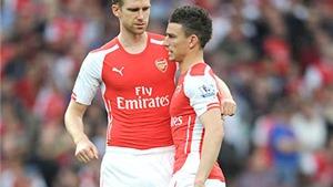 Arsenal: Đừng dại xoay tua hàng thủ