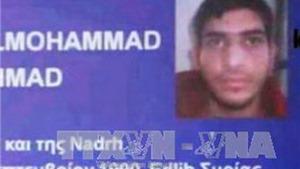 Nghi vấn cuốn hộ chiếu Syria cạnh xác kẻ khủng bố Paris là giả