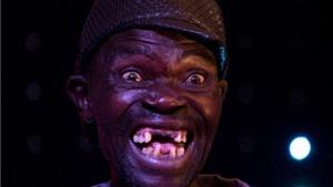 Khóc, cười với cuộc thi 'Quý ông xấu xí' Zimbabwe