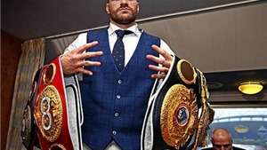 Tyson Fury bị tước đai vô địch hạng nặng vì tái đấu với Klitschko