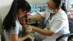 Bộ Y tế khuyến cáo người dân không nên tự tiêm vắc xin 'xách tay'