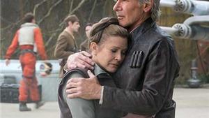 Ngôi sao 'Star Wars' Carrie Fisher phản pháo khi bị chê già trên mạng xã hội