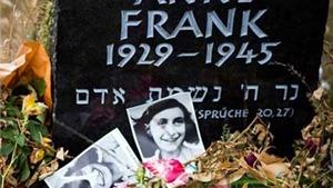 Nghị sĩ Pháp vẫn phát hành 'Nhật ký Anne Frank' dù vướng tranh chấp bản quyền