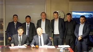 Bóng đá TP.HCM hợp tác với CLB Lyon