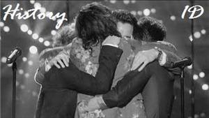 Fan phát sốt với sự trở lại của Zayn Malik trong MV mới nhất của One Direction