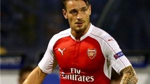 Arsenal cho Bordeaux mượn Debuchy đến cuối mùa
