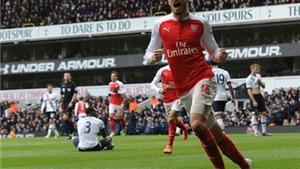 CĐV Arsenal: 'Coquelin bán độ. Ramsey ghi bàn, cầu nguyện cho Donald Trump'