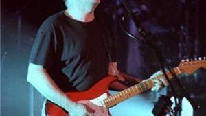 Cựu thành viên Pink Floyd, David Gilmour, trình diễn ở Pompeii