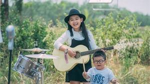 VIDEO: 'Người hùng tí hon' Kim Ngọc ra MV đầu tay cực dễ thương