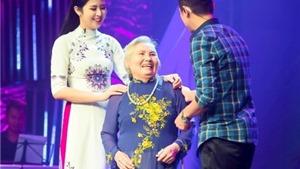 Hoa hậu Ngọc Hân bị bà ngoại 'kể xấu' trên VTV