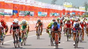 Giải xe đạp HTV 2016: Lê Văn Duẩn lần thứ 4 về đích đầu tiên