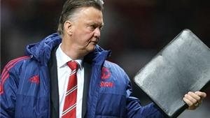 Van Gaal hài lòng với vai trò mới của Rooney