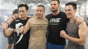 Ngôi sao võ thuật thế giới huấn luyện võ ở Việt Nam