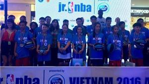 Ngôi sao NBA tuyển chọn tài năng nhí cho bóng rổ Việt Nam