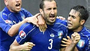 PHÂN TÍCH: Italy rất 'QUÁI' trong màn dàn xếp đá phạt trước Tây Ban Nha