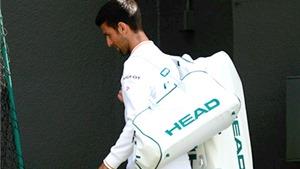 Novak Djokovic bị loại sớm ở Wimbledon 2016: Trong cơn thủy triều cuồng nộ của lịch sử
