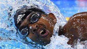 VĐV bơi lội Ethiopia gây sốt ở Olympic vì quá... béo và chậm
