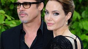 Angelina Jolie bị một nhóm 'phù thủy' tẩy não?