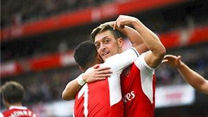 Arsenal mùa này, Sanchez kiến tạo để Oezil ghi bàn