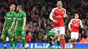 Arsenal thăng hoa: Mesut Oezil vẫn là con bài chiến lược