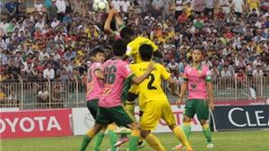 Nghịch lý bóng đá Việt Nam
